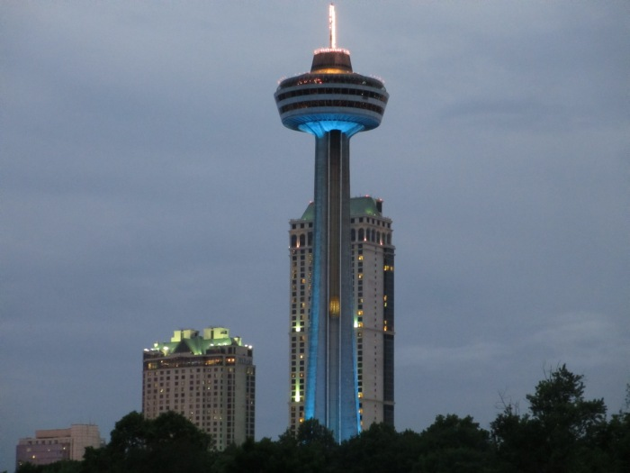 The Skylon Tower with an observation deck overlooking both the American Falls & Horseshoe Falls