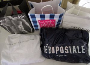 My purchases from 5 stores - Abercrombie & Fitch; Bath & Body Works; Easy Spirit; Aeropostale and Marc by Marc Jacobs :)