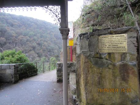 Entrance of the Cataract Cliff Ground