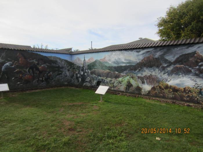 I love this mural depicting the Cradle Mountain beauty!