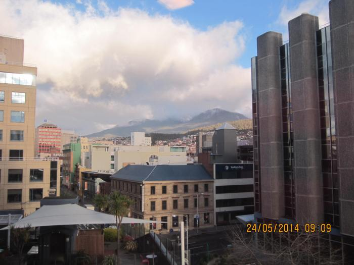 A clear day with good view of Mt Wellington from the comfort of my hotel room