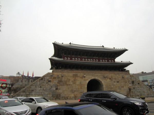 The famous Paldamun (팔다문)