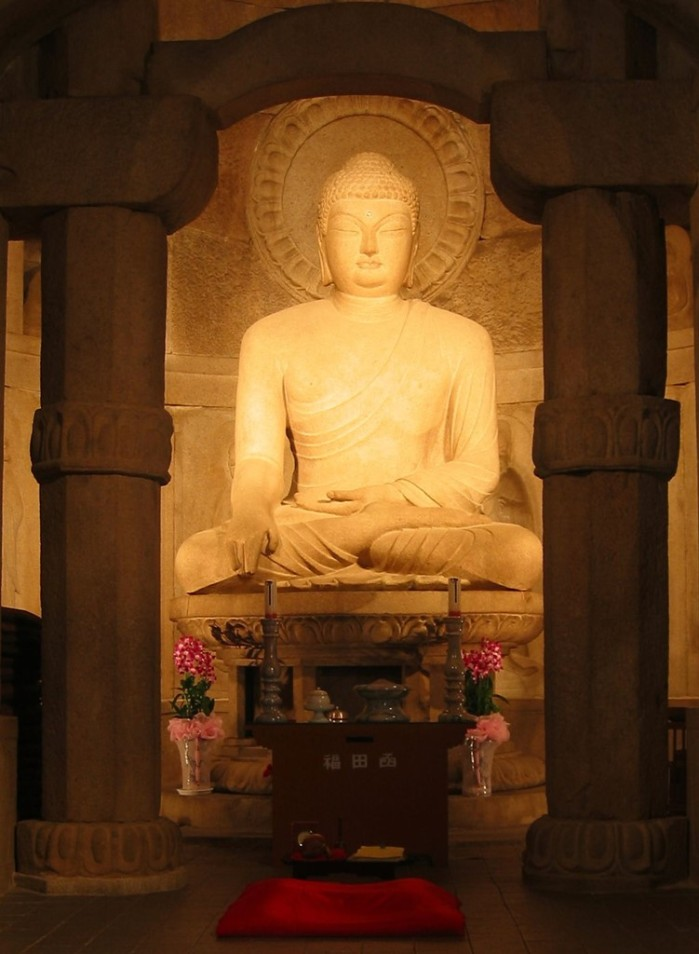 The main Buddha sculpture image extracted from Wikipedia
