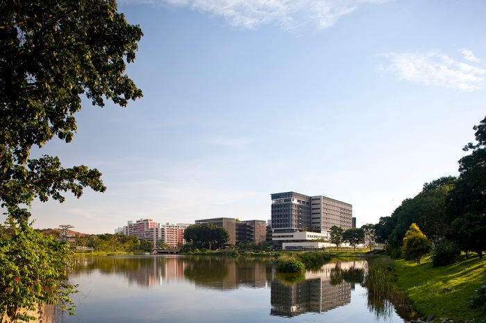 Yishun Pond with KTPH in the background (image credit: Jui-Yong-Sim)