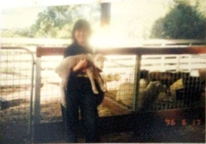 First time carrying a cute lamb during an AU family trip in Jun'96!